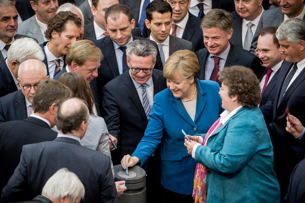Hlasování v Bundestagu o rozšíření seznamu bezpečných zemí