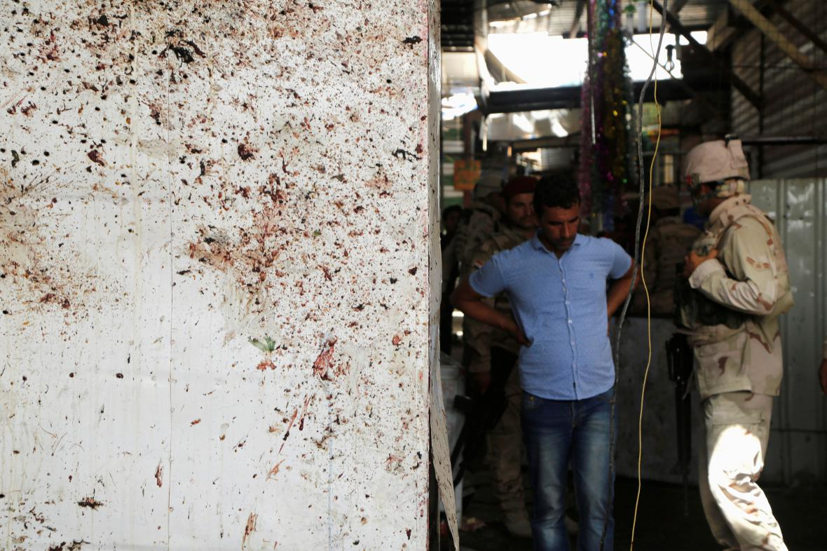 K jednomu z výbuchů došlo na bagdádském tržišti