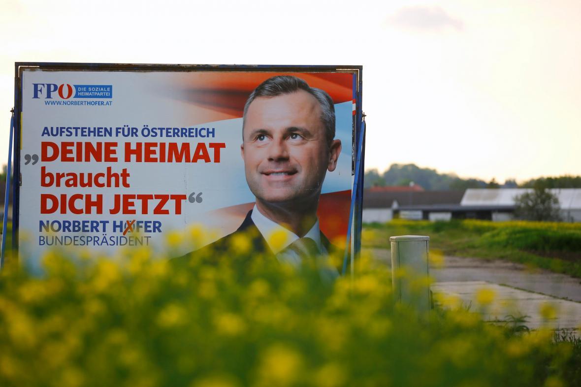 Kampaň Svobodných před prezidentskými volbami v Rakousku