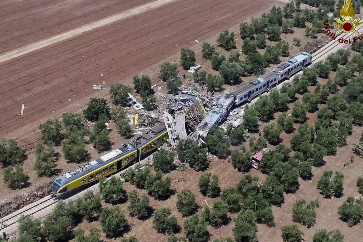 Srážka vlaků na jihu Itálie