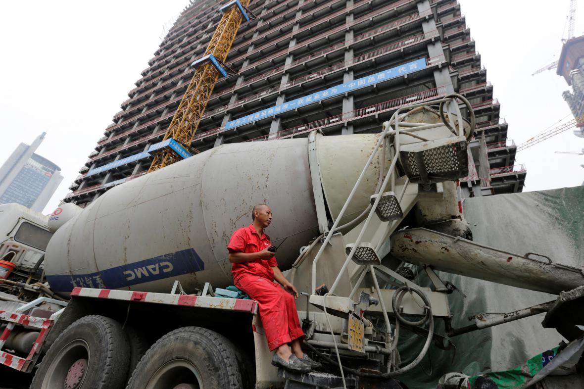 Čínský dělník na stavbě v Pekingu
