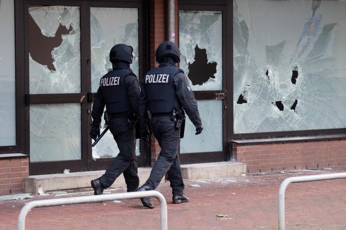Razie na radikály v Německu