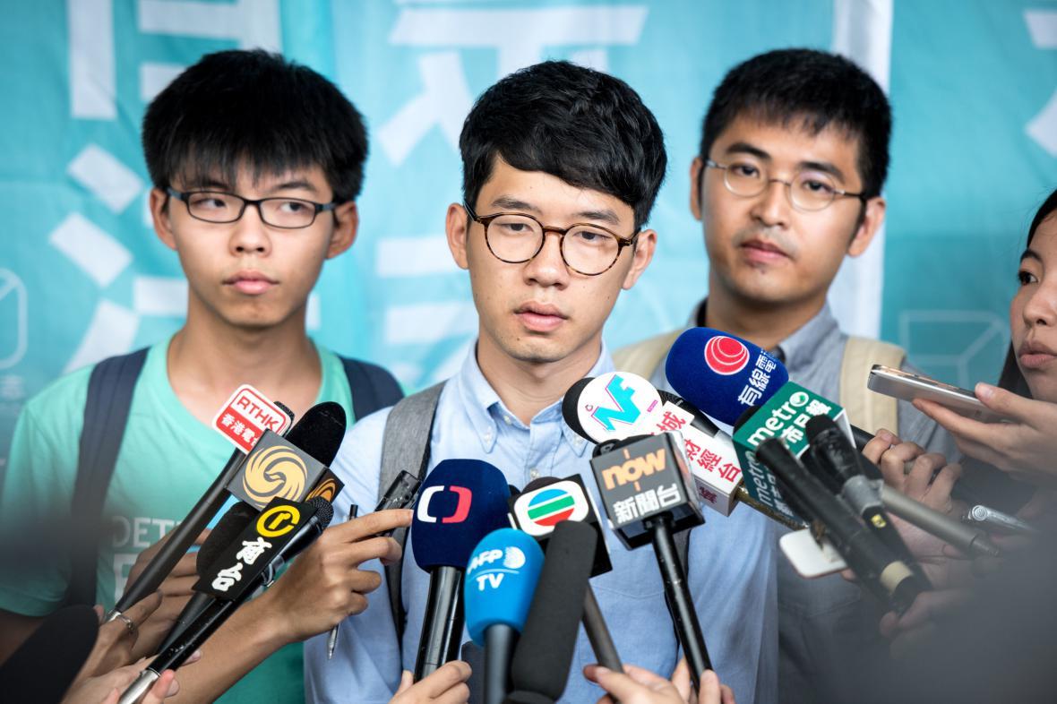 Vůdci tzv. deštníkového hnutí: (zleva) Joshua Wong, Nathan Law, Alex Chow