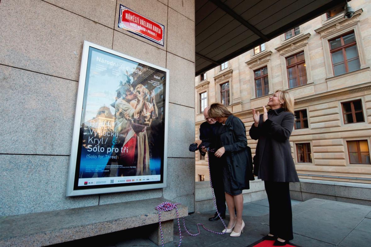 Nová tabulka označuje náměstí  Václava Havla