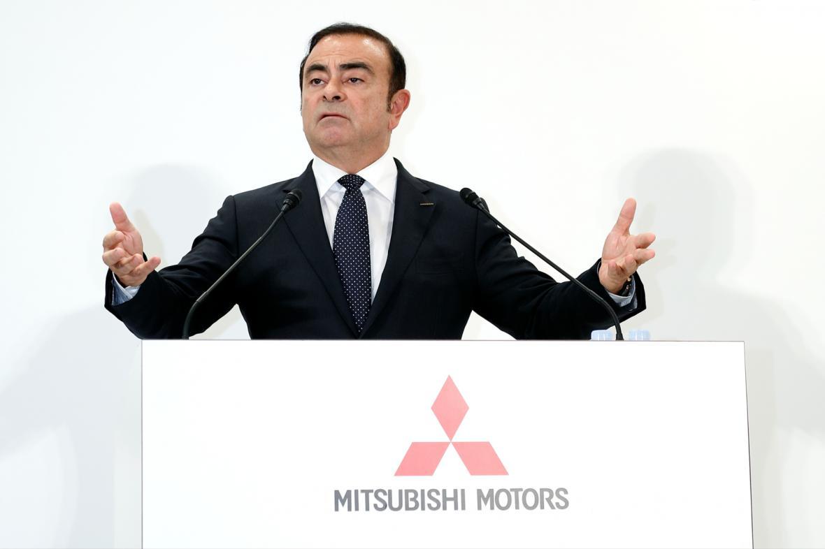 Šéf NIssanu Carlos Ghosn bude řídit i správní radu Mitsubishi.