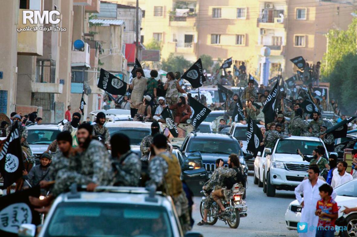 Radikálové z IS v Rakká