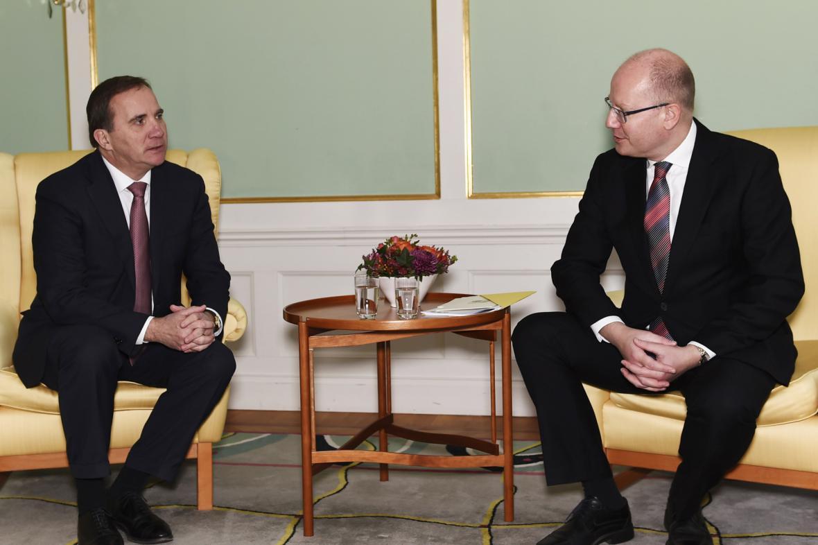 Švédský premiér Stefan Löfven a český premiér Bohuslav Sobotka