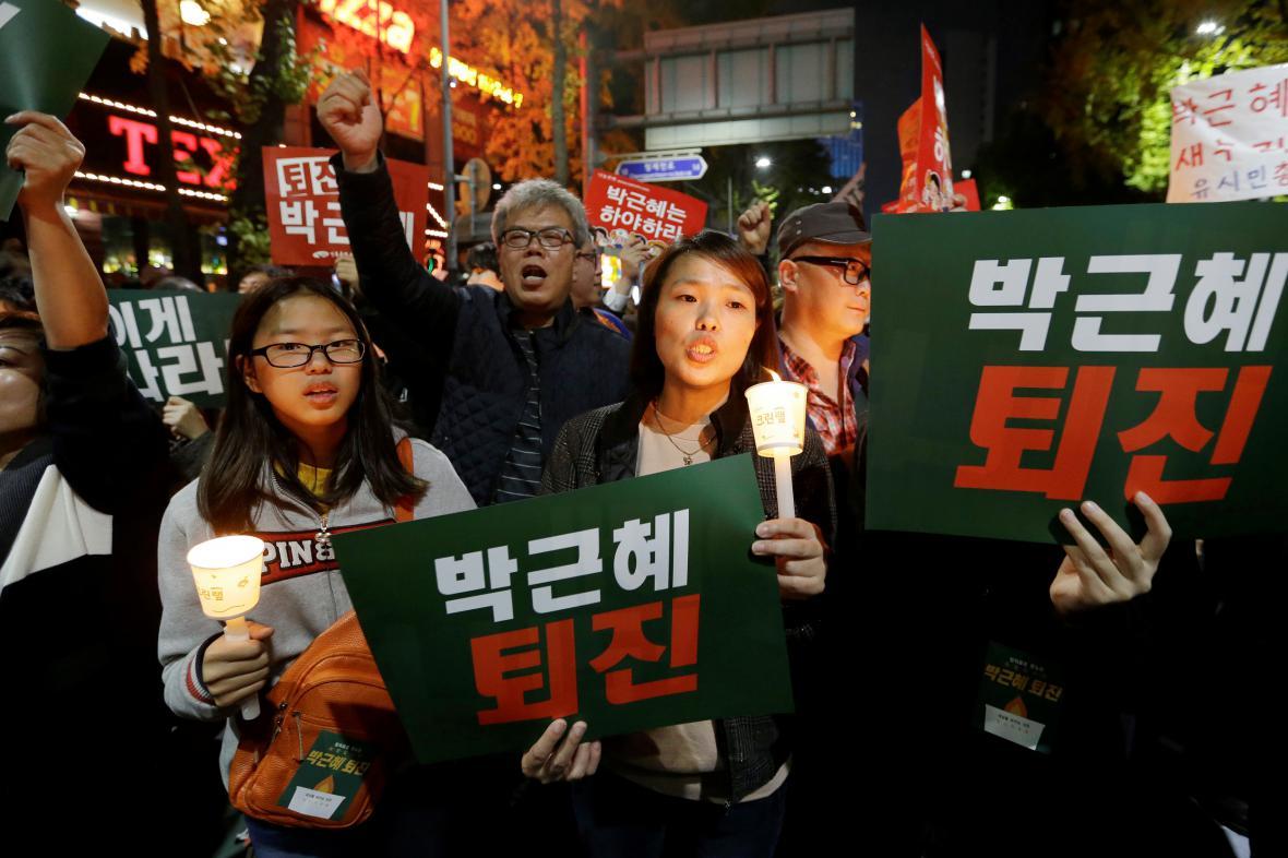 Protest proti jihokorejské prezidentce v ulicích metropole Soulu