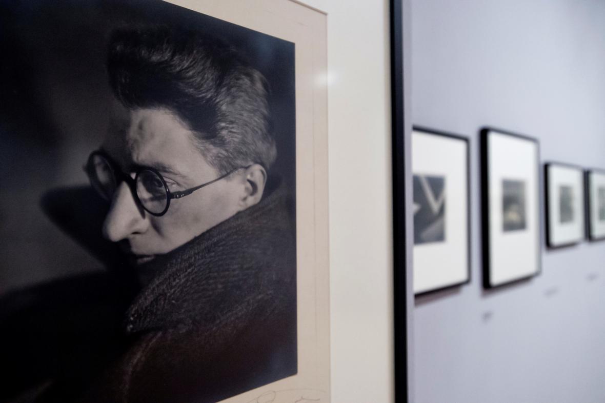 Jaromír Funke na fotografii od Josefa Sudka