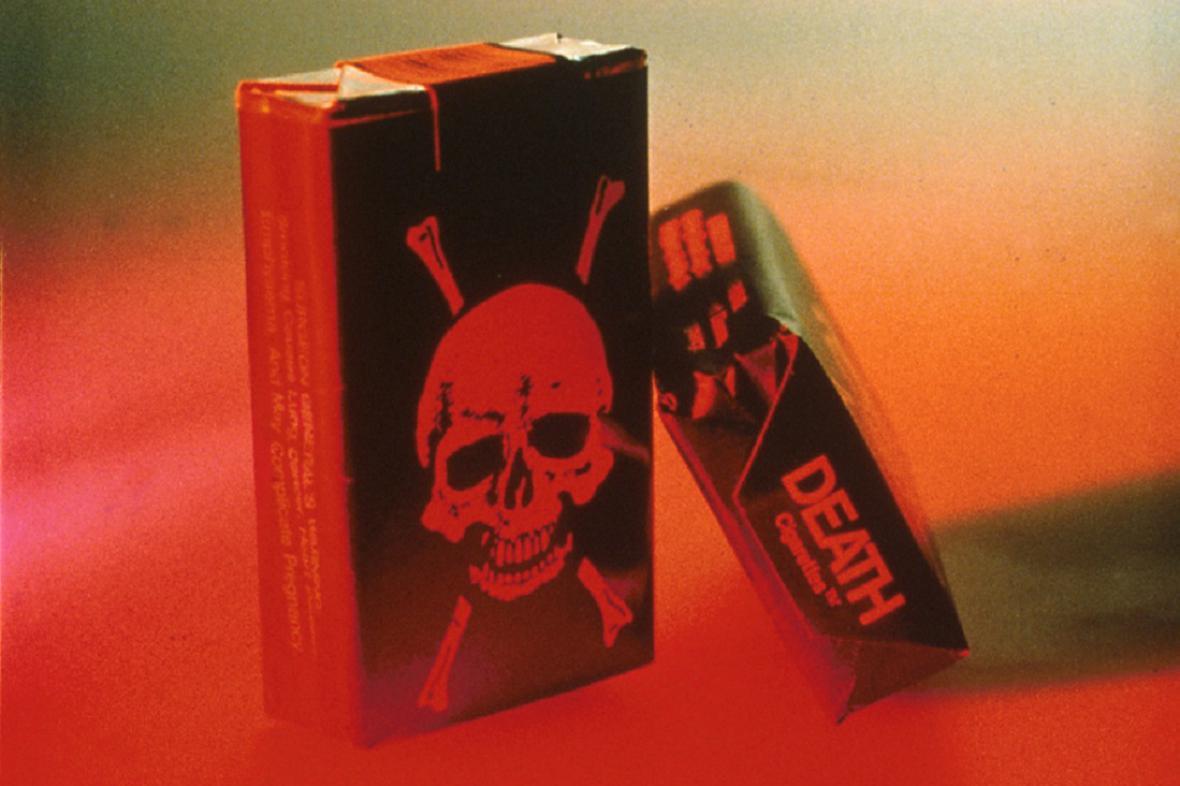 Negativní reklama na cigarety