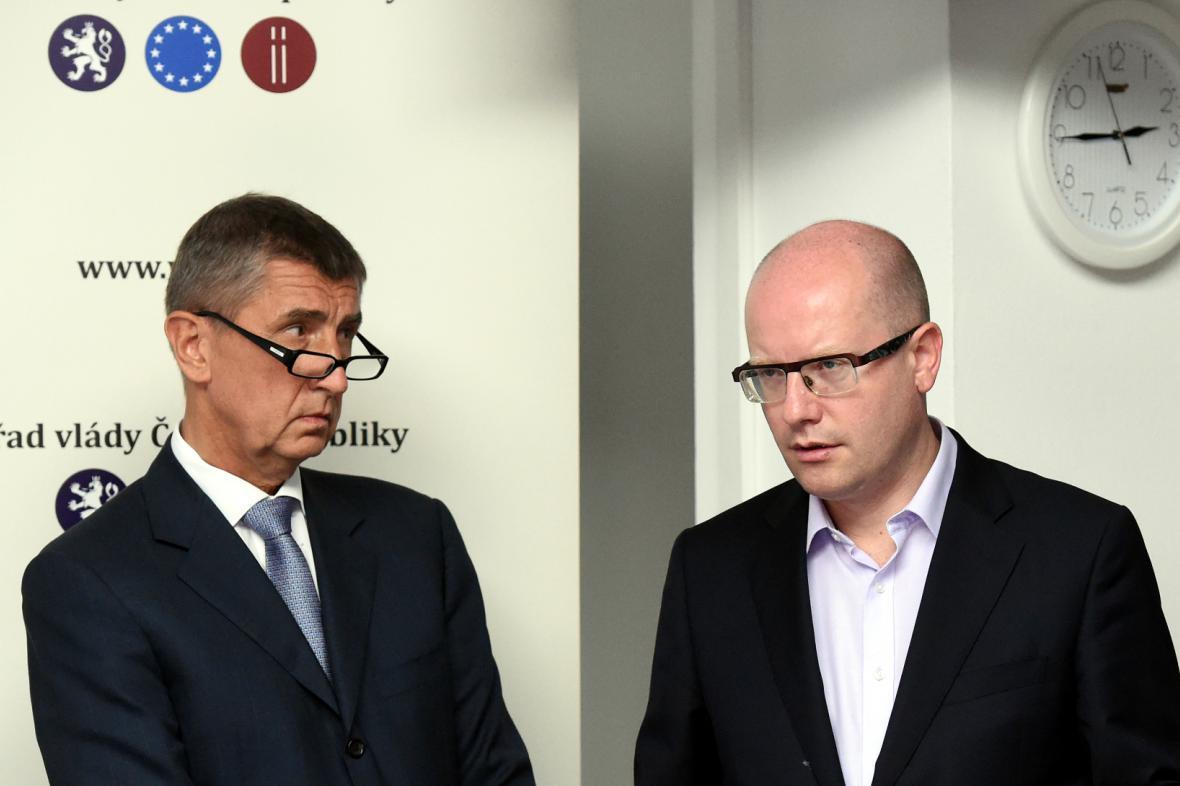 Výjezdní zasedání vlády 22. července v Ostravě. Ministr financí Andrej Babiš a premiér Bohuslav Sobotka