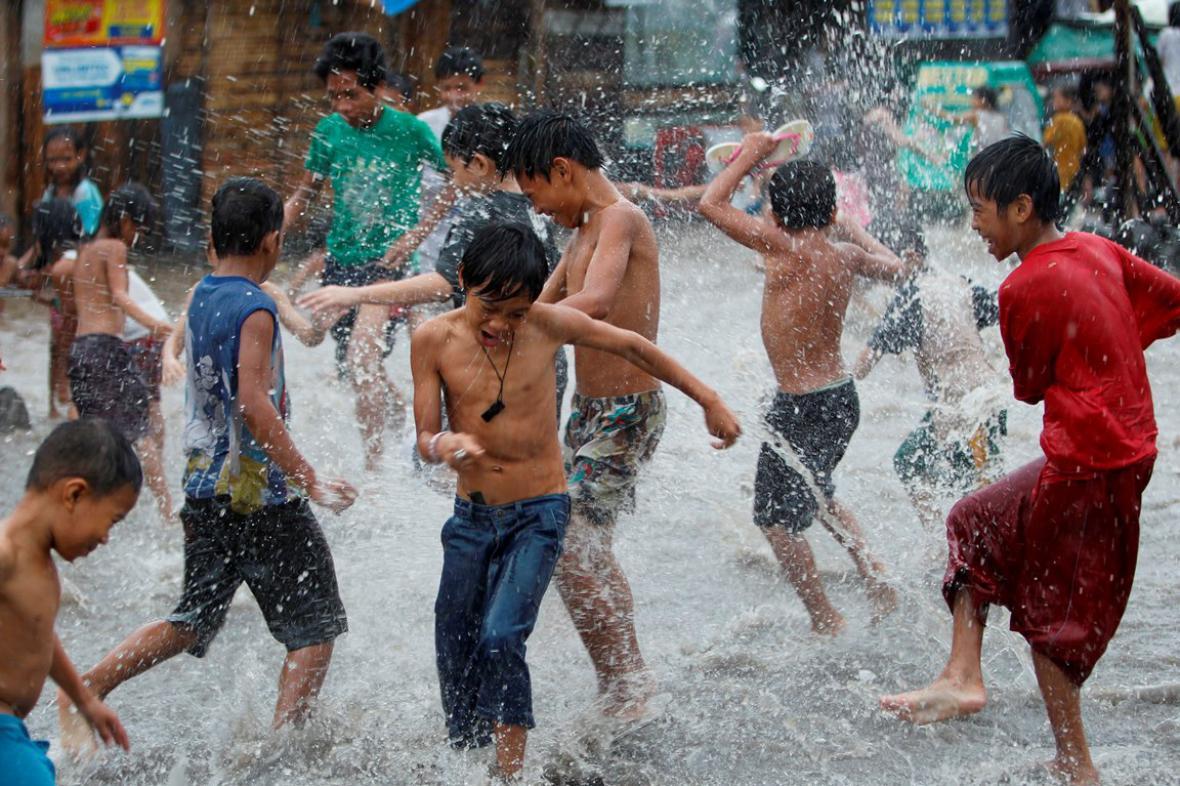Tajfun Nock-Ten na Filipínách