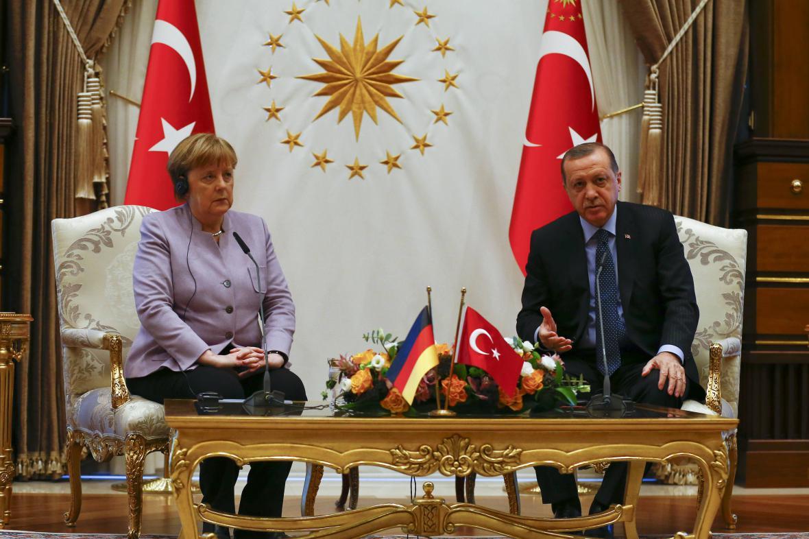 Angelová Merkelová a Recep Tayyip Erdogan