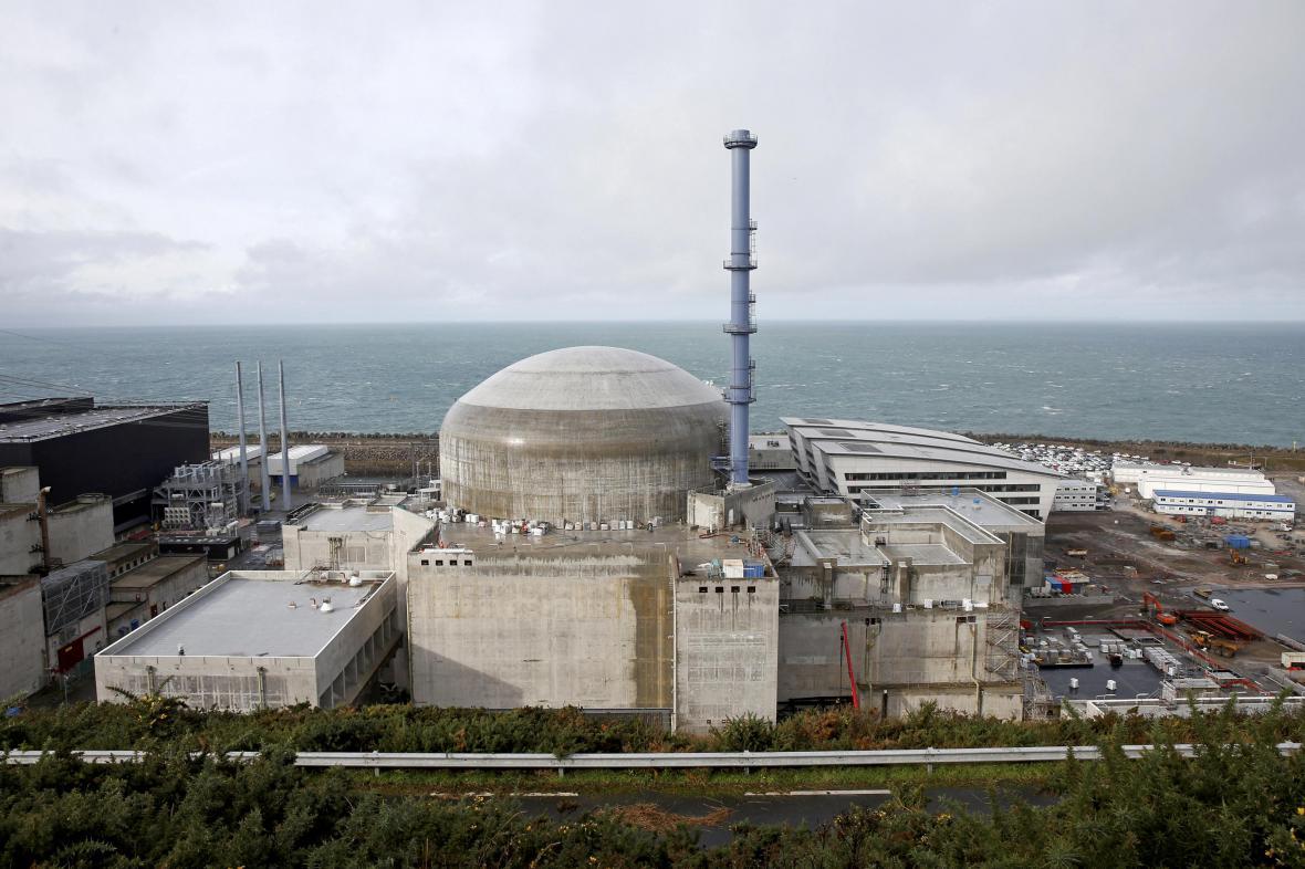 Jaderná elektrárna u města Flamanville