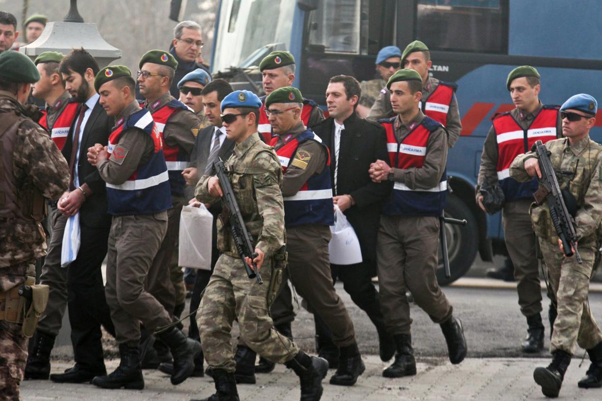 Obvinění z pokusu o zabití Erdogana