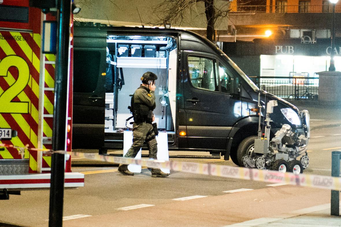 Policie zneškodňuje bombu v centru Osla