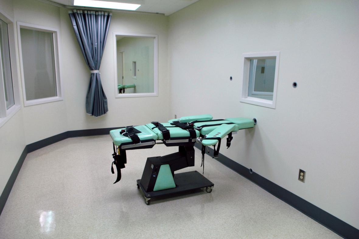 Komora pro vykonání trestu smrti v kalifornské věznici San Quentin