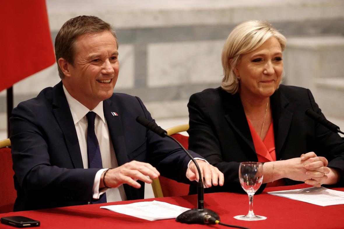 Nicolas Dupont-Aignan a Marine Le Penová