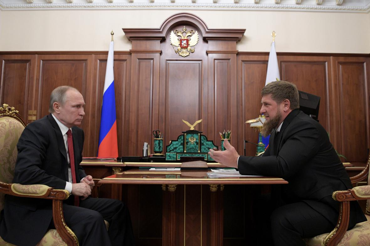 Ruský prezident Vladimir Putin a čečenský vůdce Ramzan Kadyrov