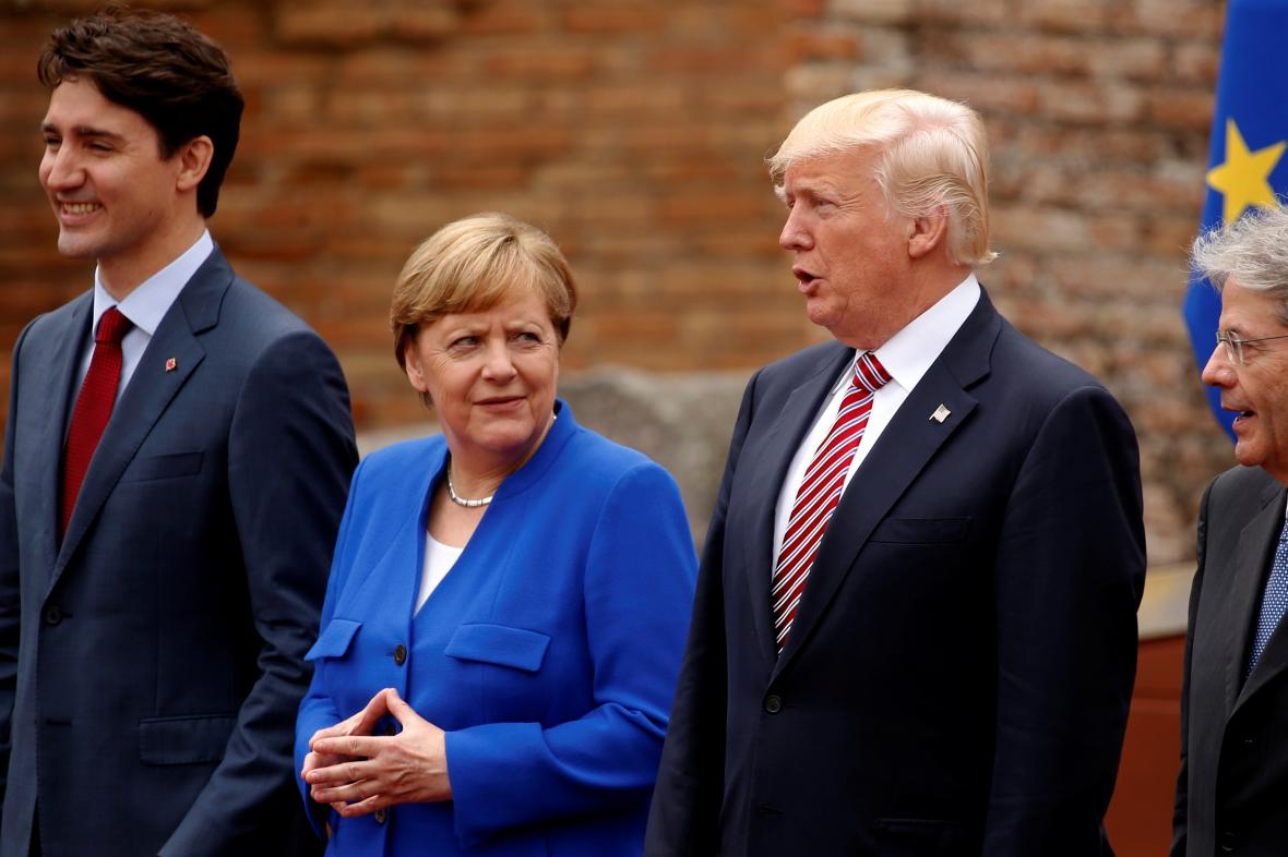 Angela Merkelová a Donald Trump na summitu G7