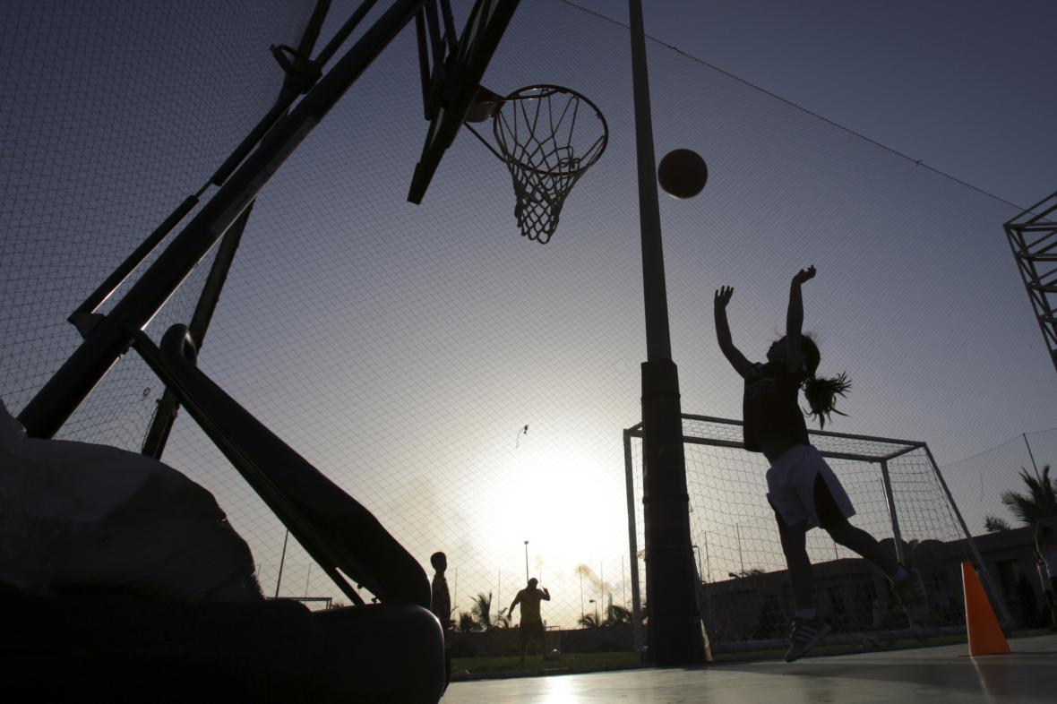 Dívčí tělocvik na soukromé škole v Saúdské Arábii
