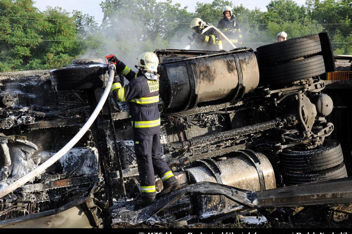 Nehoda kamionu na Jižní spojce