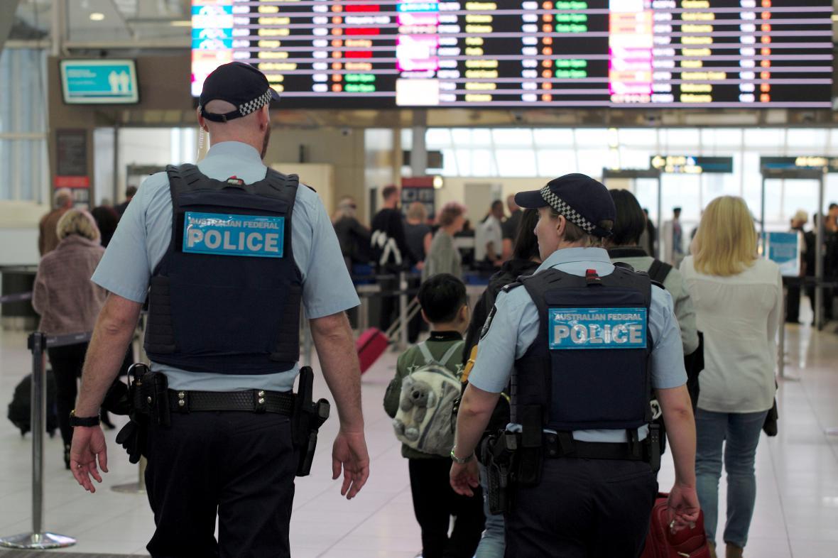 Policie na letišti v Sydney