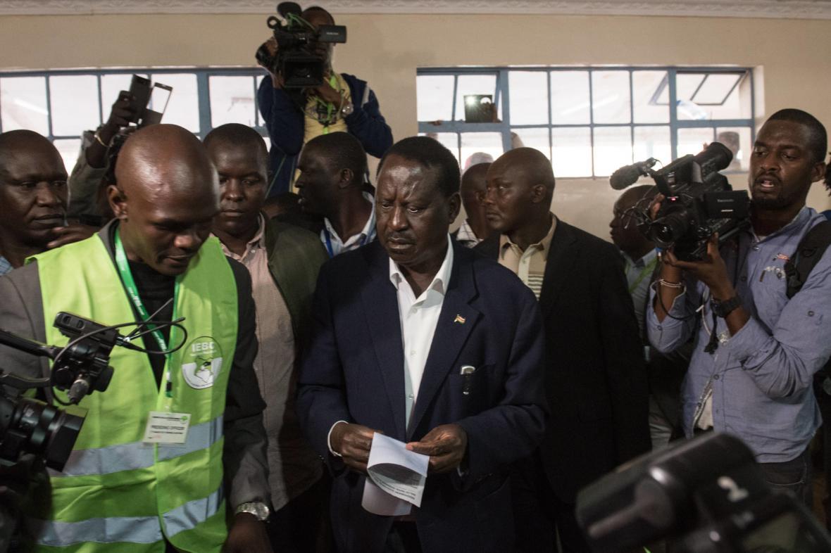 Poražený kandidát opozice Raila Odinga