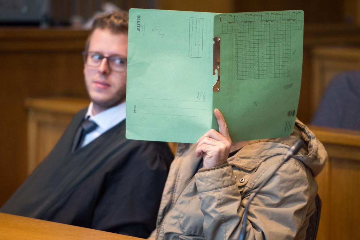 Syřan Hasan A. před soudem v Německu