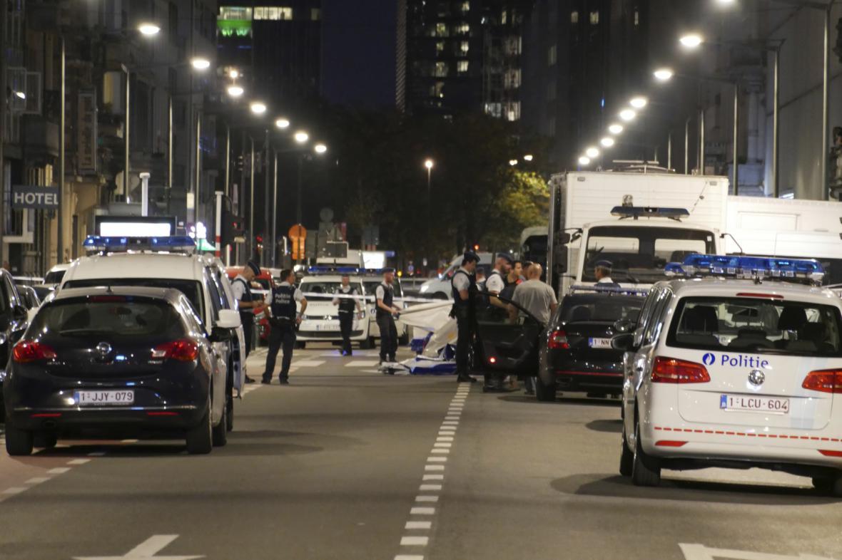 Útočník napadl vojenskou hlídku v centru Bruselu