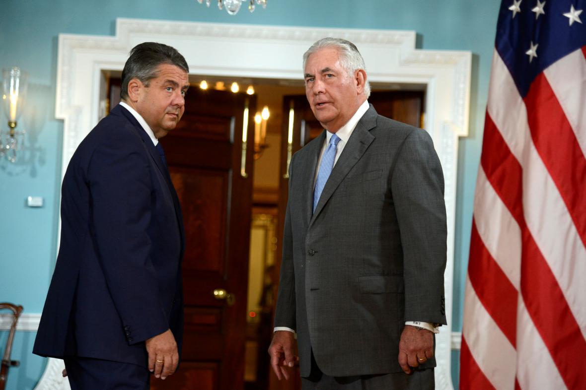 Sigmar Gabriel a Rex Tillerson ve Washingtonu