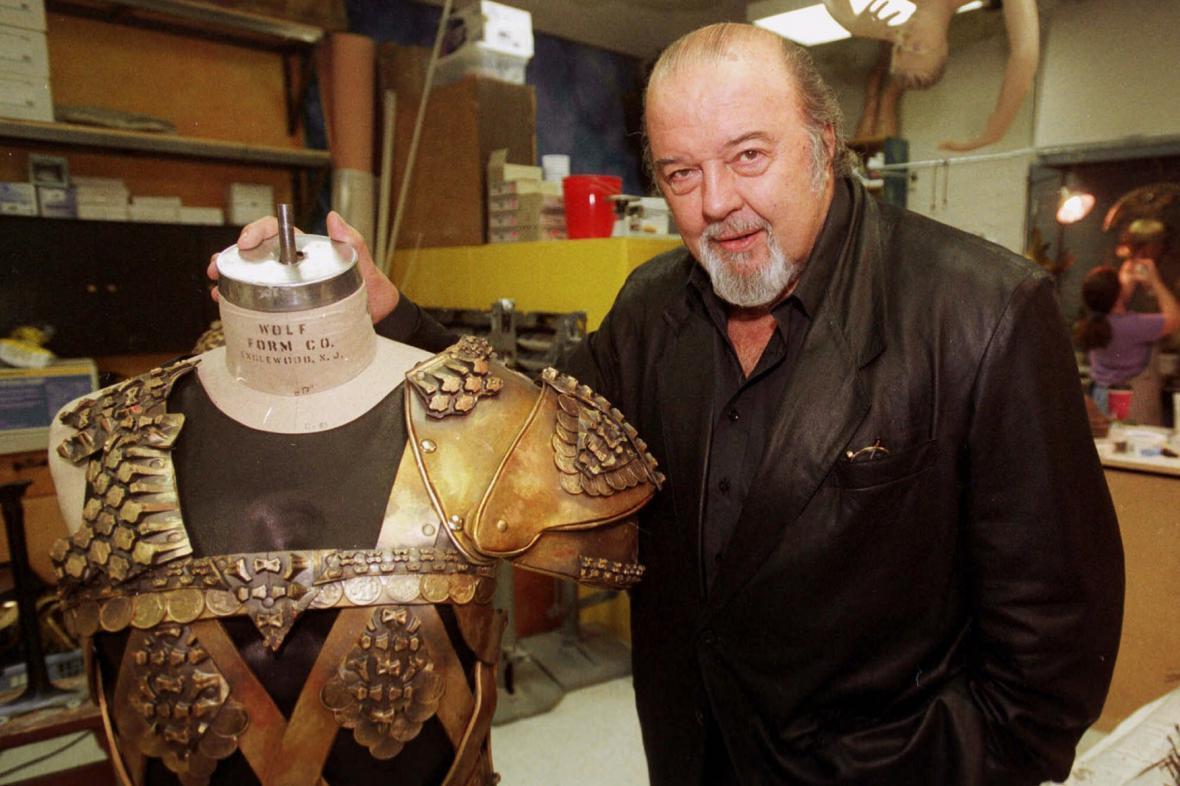 Režisér Peter Hall v roce 2000