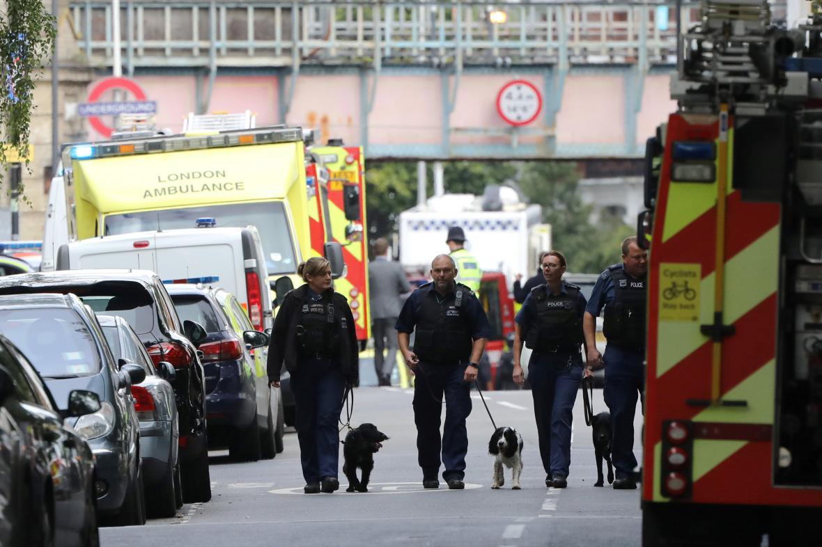 Útok v Londýně na stanici metra Parsons Green