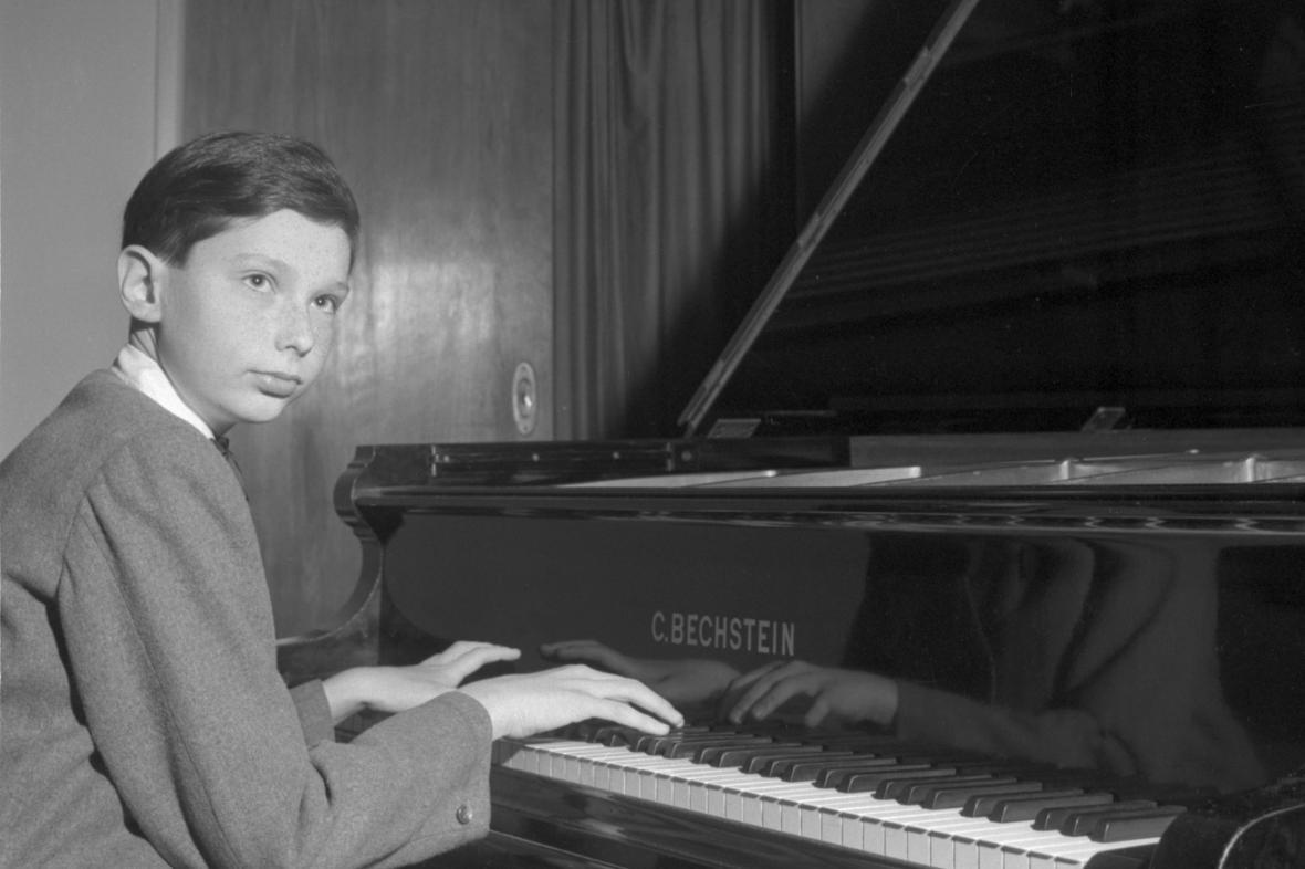 Klavírista Ivan Klánský jako 14letý
