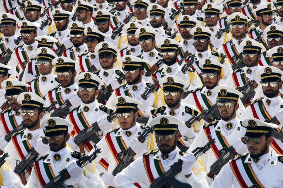 Součástí revolučních gard je i námořnictvo