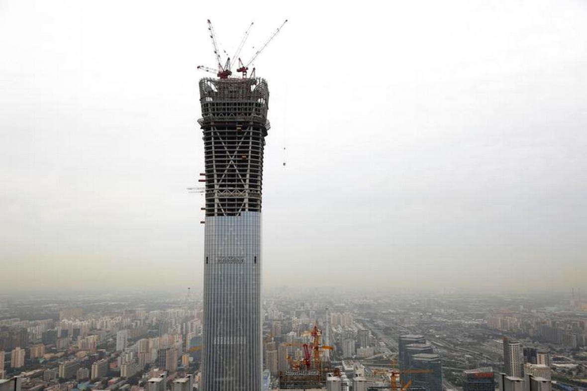 Rozestavěný mrakodrap China Zun