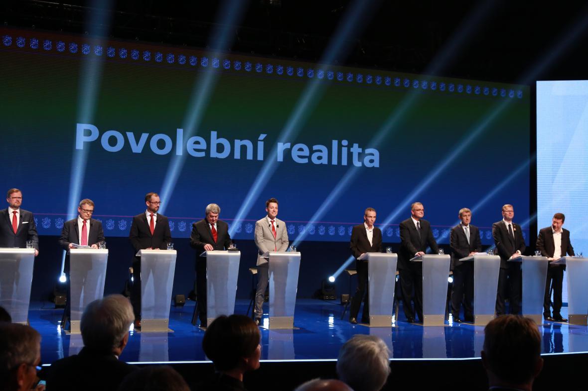 Lídři politických stran a hnutí v Superdebatě České televize