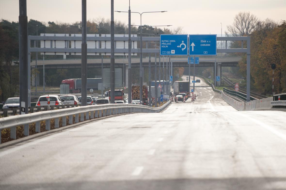 Rozšířená silnice I/37