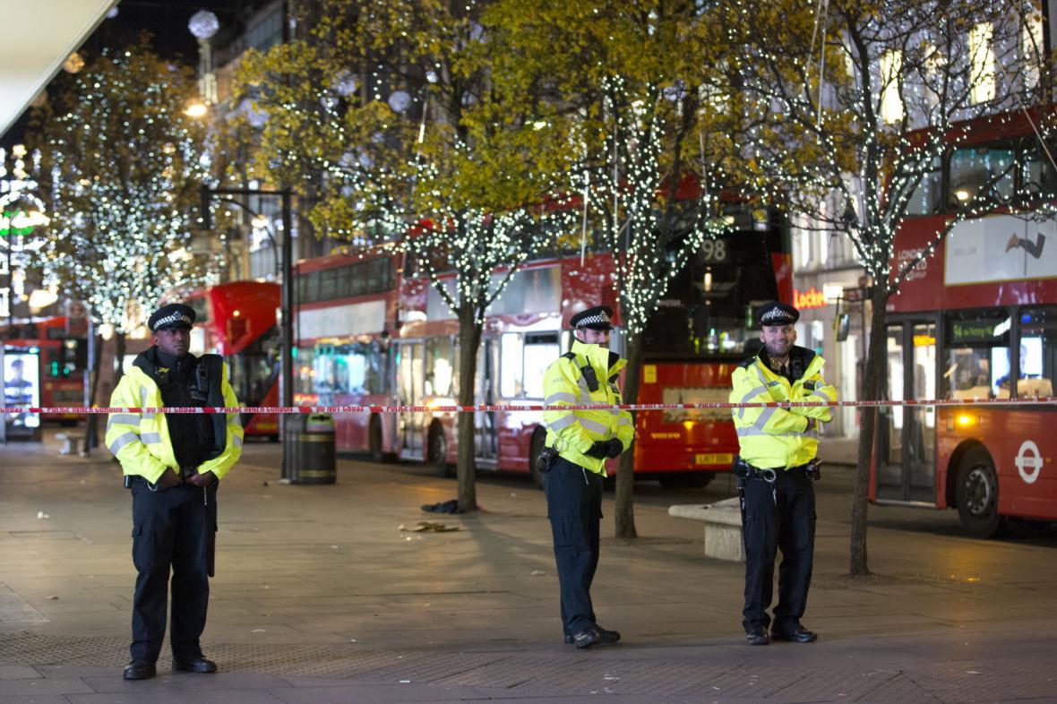Falešný poplach u londýnské stanice metra Oxford Circus