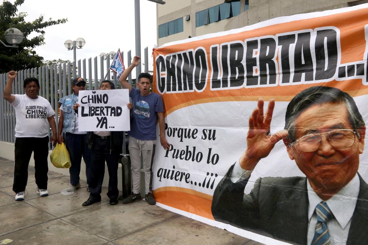 Stoupenci Fujimoriho žádají svobodu pro exprezidenta