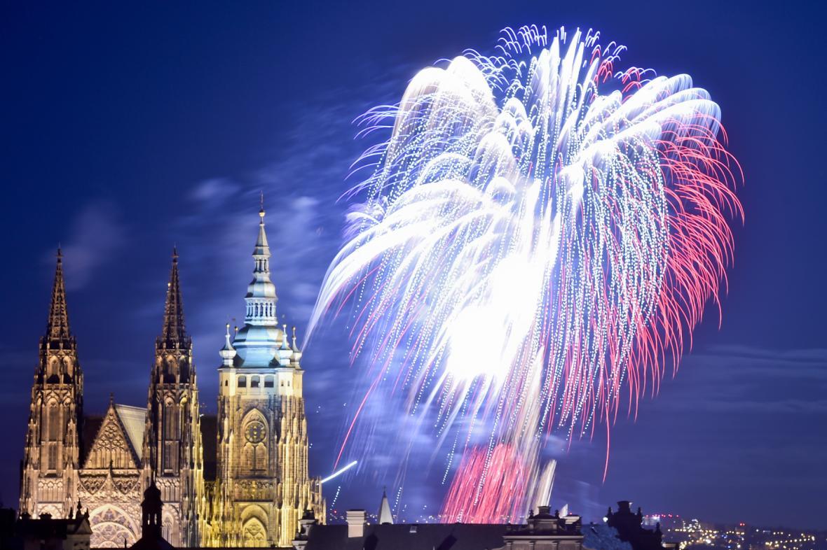 Pražský novoroční ohňostroj 2018