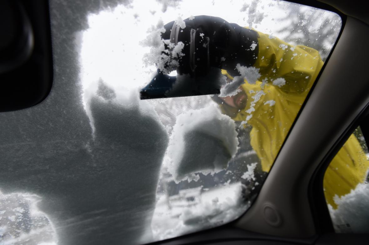 Španělští řidiči mají potíže s přívaly sněhu