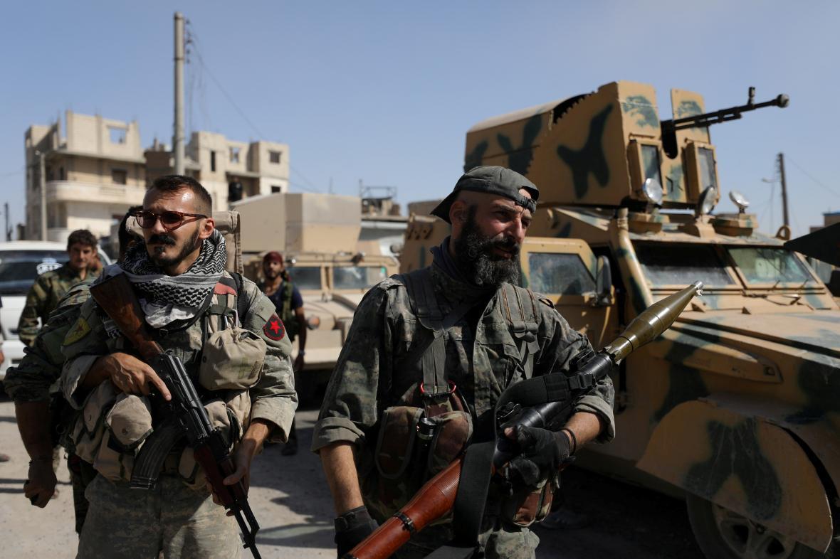 Kurdští bojovníci ze SDF