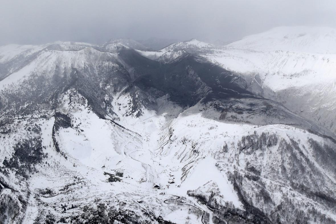 Lyžařské středisko na úpatí japonské sopky