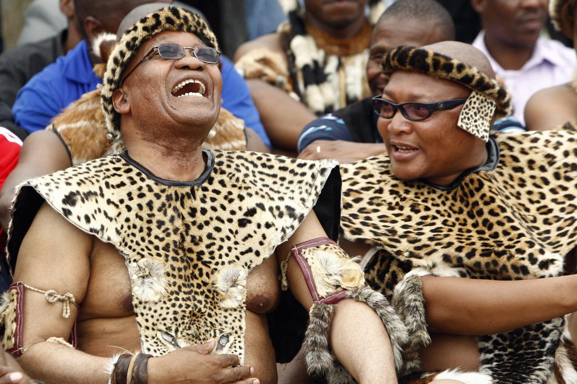 Tradiční svatba Jacoba Zumy s jeho pátou manželkou