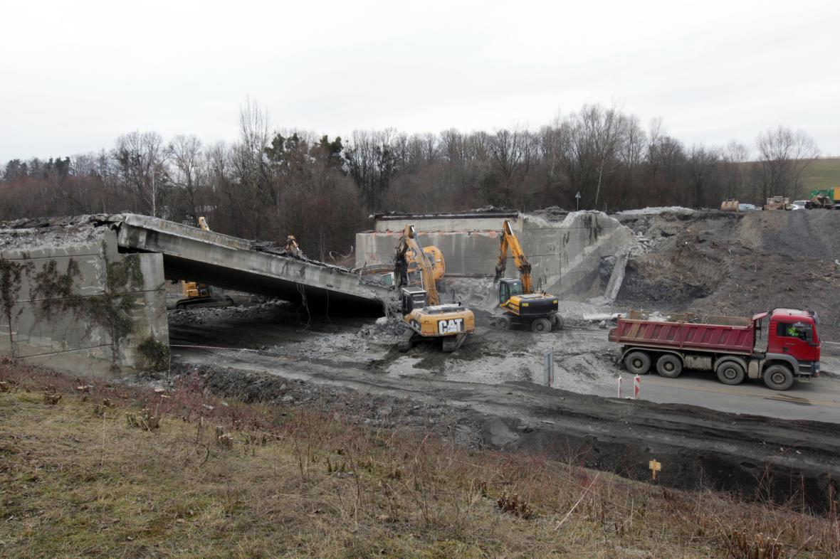 Nehoda při rekonstrukci silnice I/48