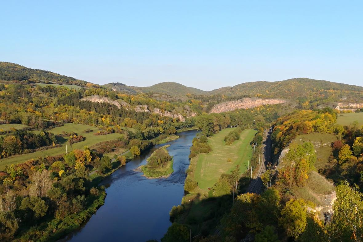 Údolí Berounky z Tetína u Berouna