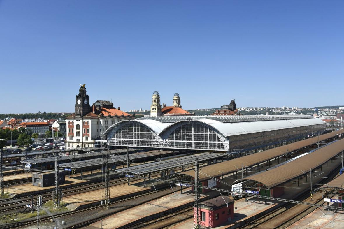 Rekonstrukce ocelové haly Praha Hlavní nádraží (Sudop Praha a.s.)