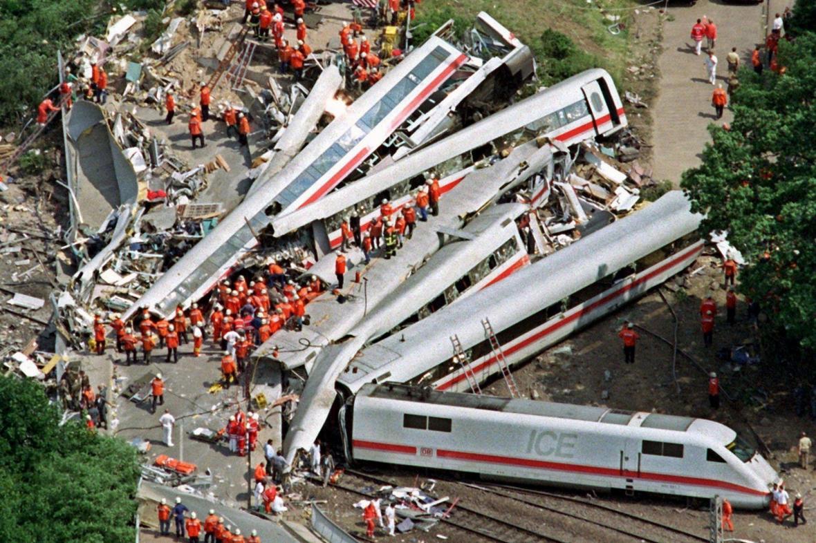 Tragédie u Eschede je nejhorší železniční havárií v poválečné historii Německa