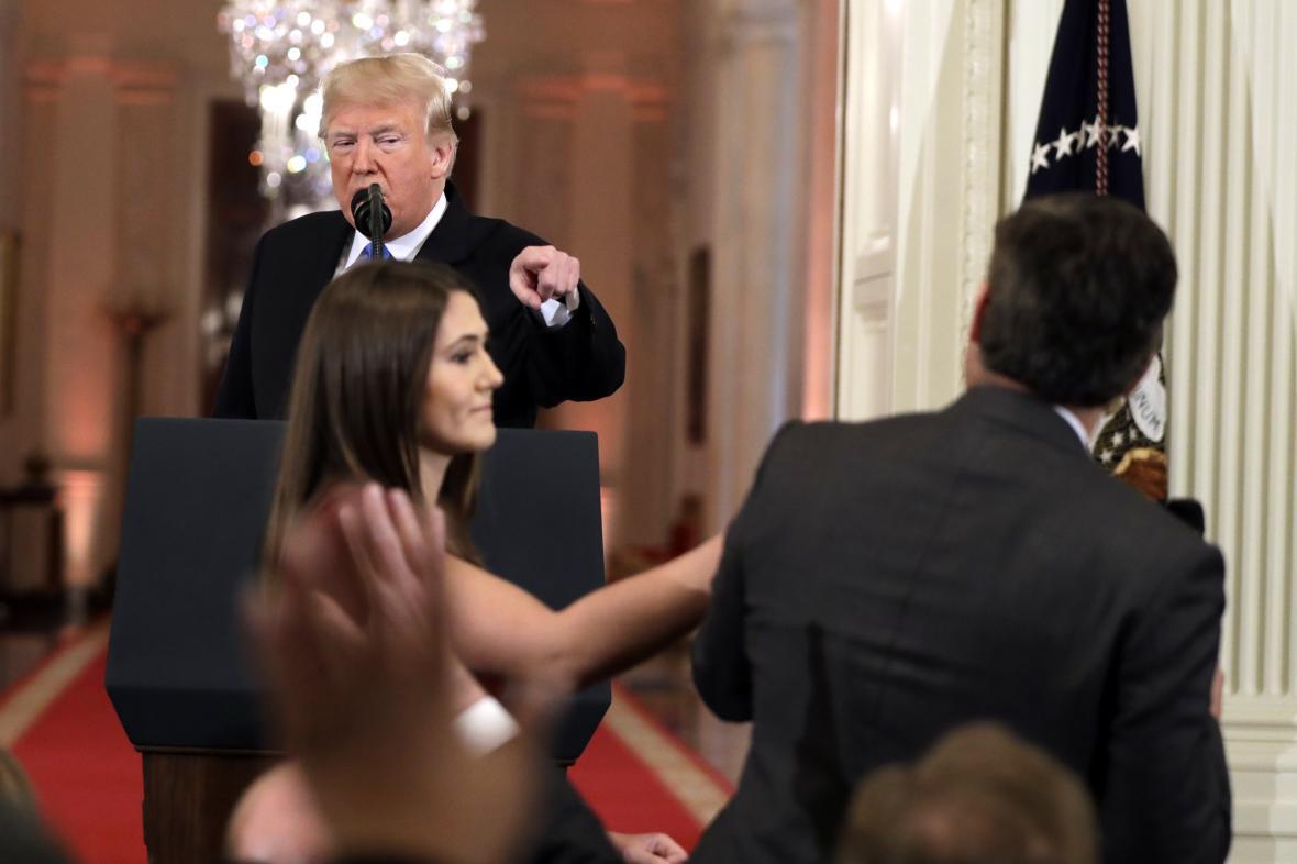 Trumpova hádka s novinářem CNN